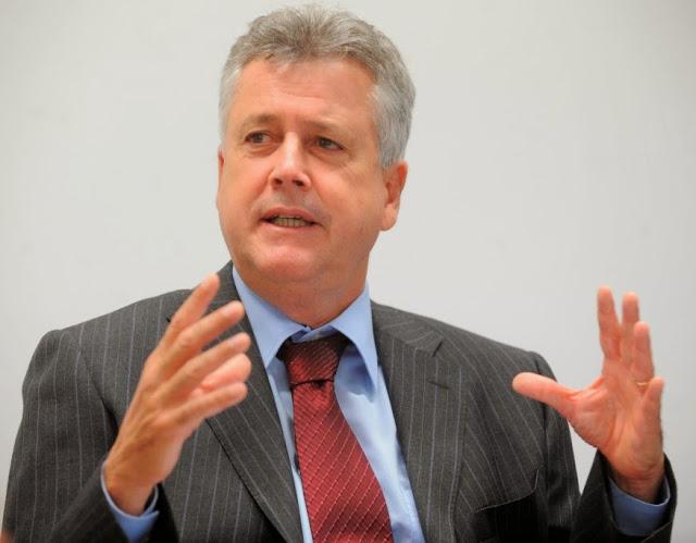 rolleee - LRF vai arrochar mais o governo