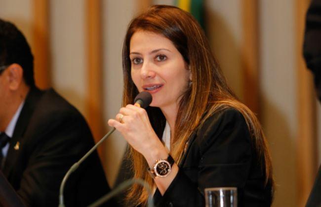 sandraaa - Cassação: situação de deputada piora