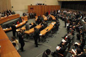 IHBDF: Veja como cada deputado votou no relatório do Vianna