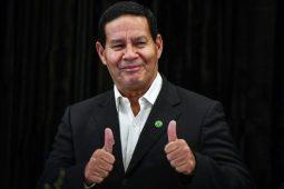 Futuro Vice-presidente corta cargos