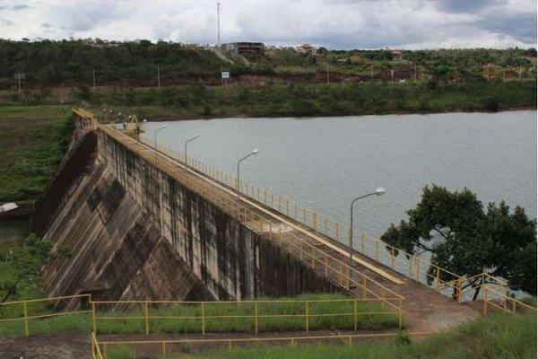 barragem descoberto crise hidrica radio corredor - Barragem do Descoberto transborda, deixando crise hídrica na história do DF