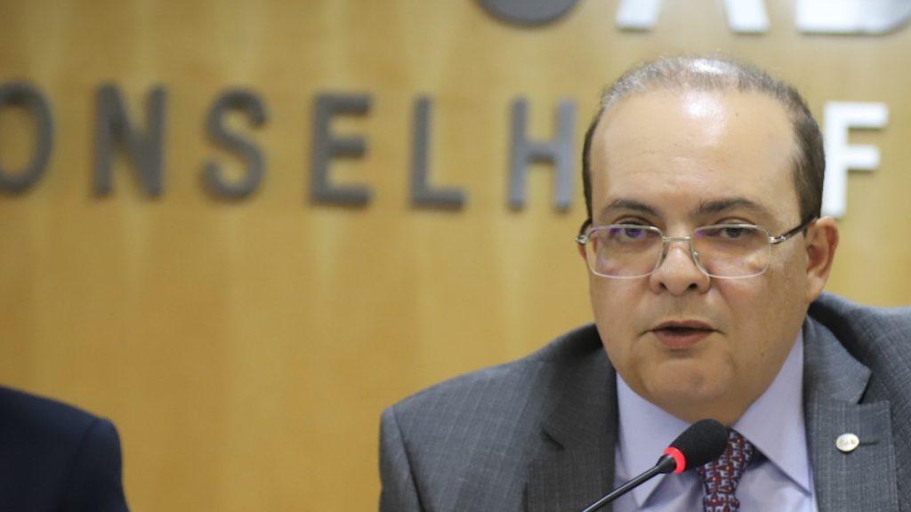 ibaneis rocha governo brasilia mdb presidente radio corredor - A primeira desistência de Ibaneis Rocha