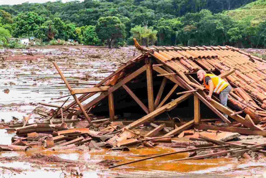 barragem brumadinho vale doação radio corredor 1024x683 - Vale dá três dias para doação cair na conta