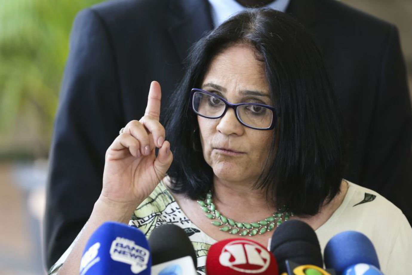 damares alves criptomoeda bolsonaro radio corredor - Ministra desmente