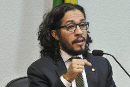 O motivo da vitória de Bolsonaro, segundo Jean Wyllys