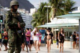 Governo fala em proteger quem faz a defesa do brasileiro