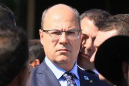 Governador é denunciado por 'política de massacre'