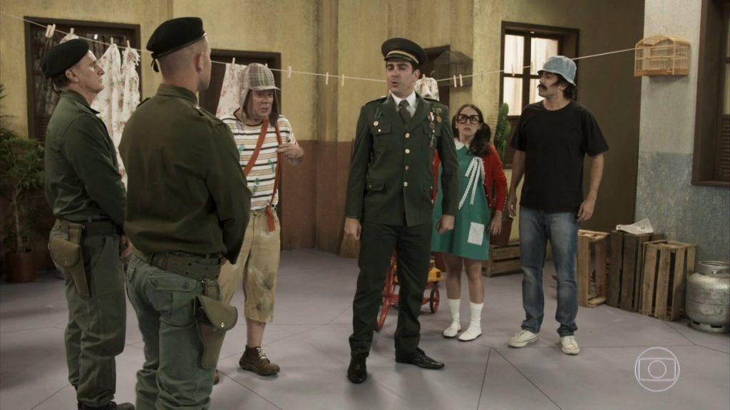 ta no ar faz parodia com bolsonaro na vila militar do chaves radio corredor 1024x576 - Grupo do 'Chaves' desaprova paródia da Globo sobre Bolsonaro