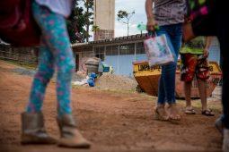Pires nas mãos: escolas do DF terão verba reduzida