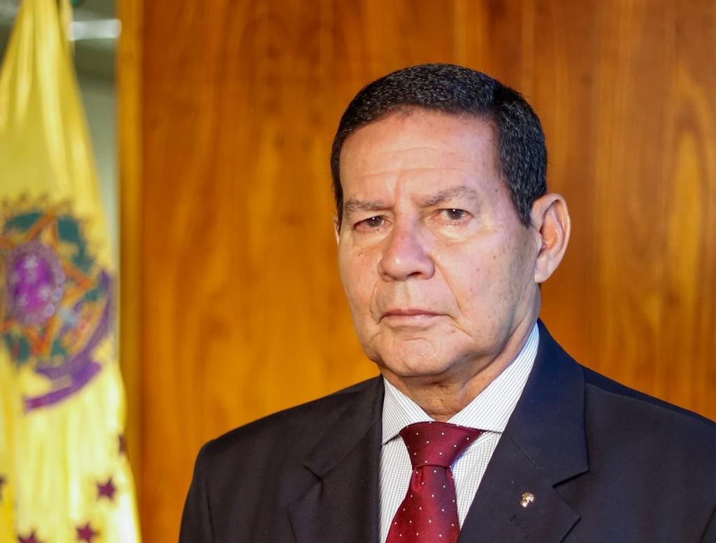 "general mourao vice presidente jair bolsonaro radio corredor - ""Onde está Estado de Direito?"""