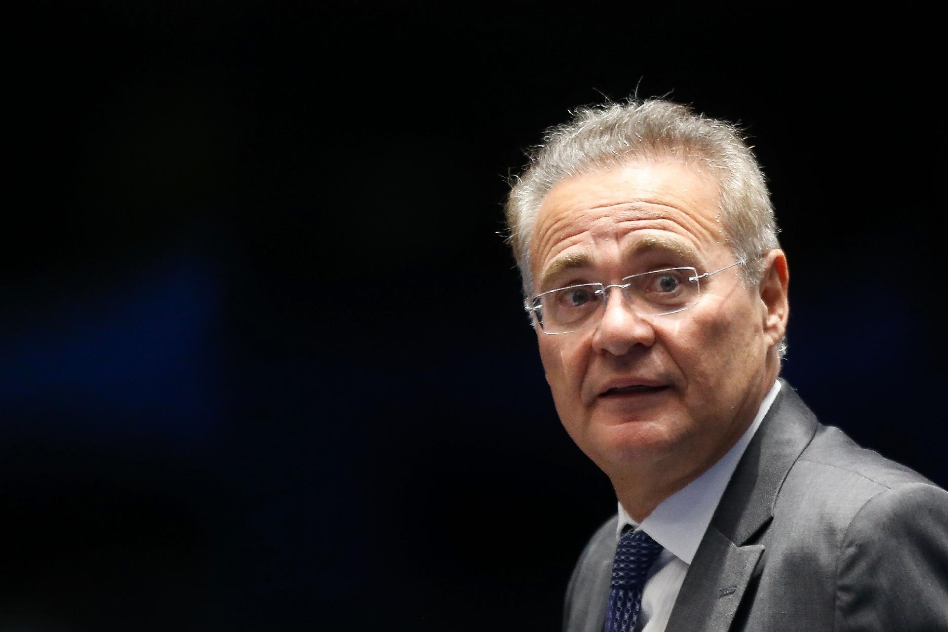 renan calheiros senador acusa onix radio corredor - Renan acusa chefe da Casa Civil de vazar informação