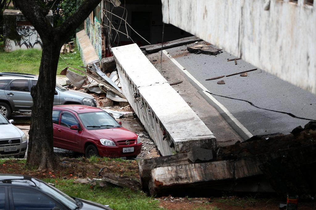 viaduto região central brasilia desabou radio corredor 1024x683 - OPINIÃO - O DF está caindo aos pedaços