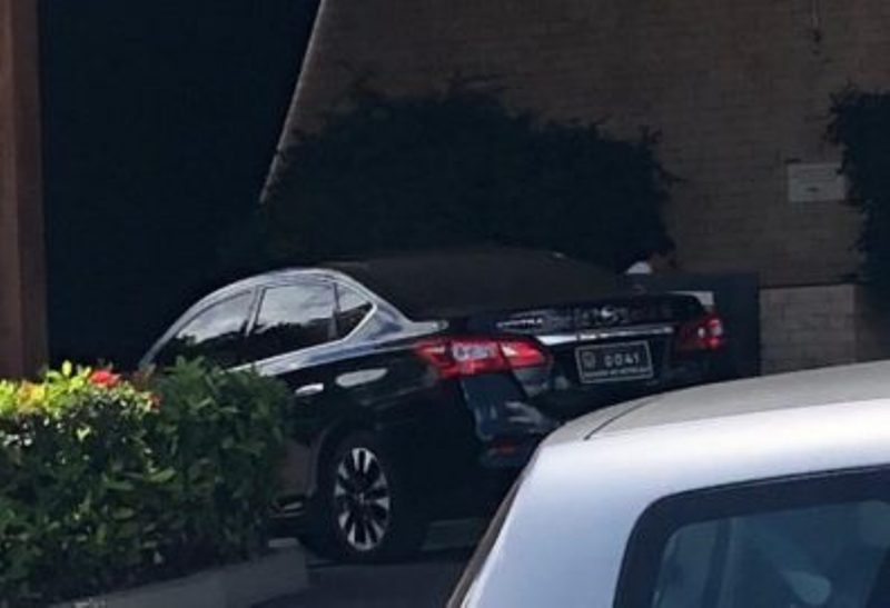 Carro Senador radio corredor 1 - Jornal flagra carro de senador usado para fins particulares