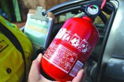 Volta dos extintores de incêndio nos carro