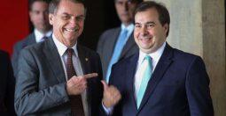 Maia recebe proposta de Bolsonaro e faz elogios