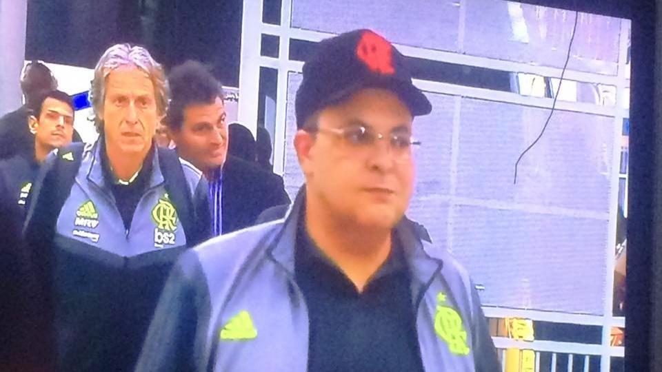 cropped ibaneis no equador flamengo radio corredor - Ibaneis na comissão técnica do Flamengo