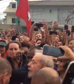 Lula deixa a Superintendência da PF