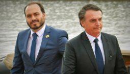 jair bolsonaro filho carlos ministro 255x145 - Partido Republicanos vai hospedar membros do Aliança