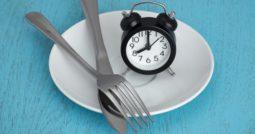 jejum 255x134 - Nutricionista esclarece dúvidas sobre o jejum intermitente