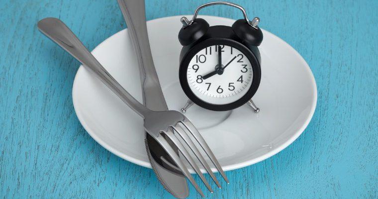 jejum - Nutricionista esclarece dúvidas sobre o jejum intermitente