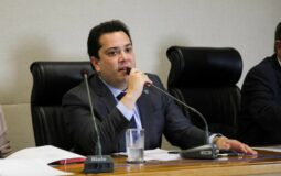 Distrital José Gomes sofre acidente de carro