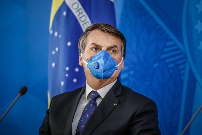 Bolsonaro testa positivo para o coronavírus, afirma site