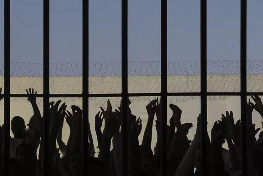 Testagem em presos