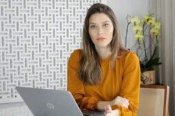 Read more about the article Júlia vai contar tudo
