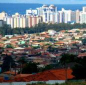 Ibaneis assina protocolo para regularização de imóveis em Vicente Pires
