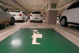 Read more about the article Grávidas terão direito a vaga especial em estacionamentos