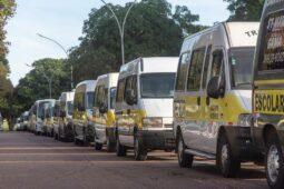 Motoristas de vans escolares pedem prorrogação de auxílio
