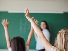 Read more about the article Escolas privadas do DF contabilizam 1,3 mil demissões de professores