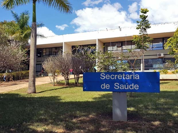 Read more about the article Saúde vai contratar aposentados e militares inativos