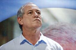 Read more about the article Ciro, mais uma vez, cuspido pelo PT