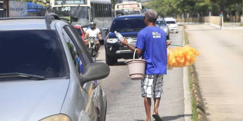 Read more about the article Contágio ou fome, o dilema de trabalhadores informais durante a pandemia