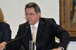 Read more about the article Declaração desalinhada